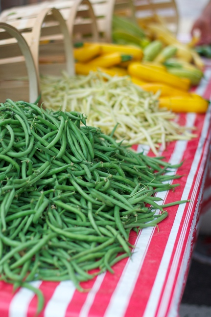 Green and white string beans